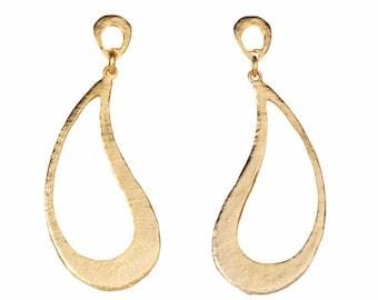Gold Paisley Dangling Earring, Gold Paisley Earring, Gold Dangle Earring, Gold Paisley Earring, Drop Earring, Gold Drop Earring, Gold Stud