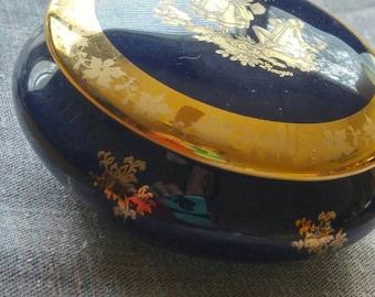 """Limoges Porcelaine Imperial-France Cobalt blue Vintage  3.5"""" Trinket Dish 22k painted Courting Couple"""