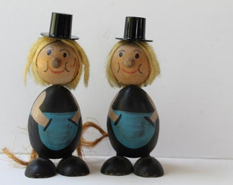 Vintage Pair of Hand Painted Wood Dolls, Vintage Wooden Dolls, Small Wooden Dolls with Hats