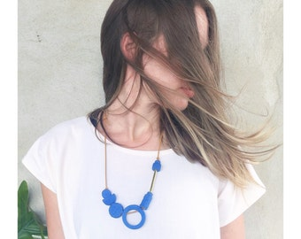 Shape & Balance necklace in Electric Blue