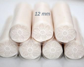 Translucent flower cane