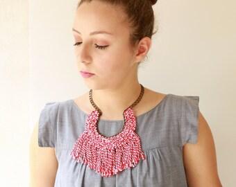 Rote Halskette, Fett Quaste, Textil-Statement-Kette, häkeln Schmuck, großer Fan Kette neue Naama Brosh versandkostenfrei