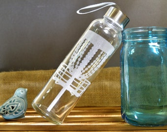 Disc Golf Glass Water Bottle with Etched Disk Basket