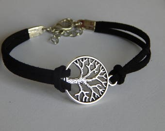 Tree of Life bracelet choice between black and blue