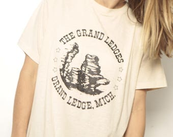 vintage faded GRAND LEDGES 80s slouchy thin soft MICHIGAN t-shirt top