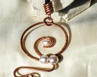 Braided Horsehair lariat with freshwater pearl pendant
