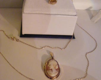 REDUCED PRICE Sale Pretty Vintage 9ct Gold 375 Pendant & Chain PLUS Lovely Vintage 9ct Gold Cameo Pendant