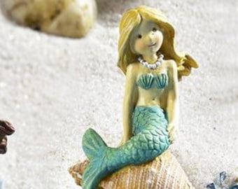 Sea Mermaid Figurines, mermaid set - gift for her - fairy garden - gift - blond mermaid - brunette mermaid - mermaid miniatures