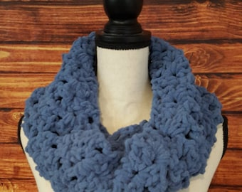 Crochet Infinity Scarf Women's Winter Chunky Bulky Soft Warm Unique Gift Cowl Circle Blue