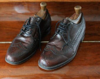 Vintage Men's Brogues with Shoe Trees, Brown Leather Dress Shoes, Full Leather Sole Upper and Insole Size 8.5 EEE