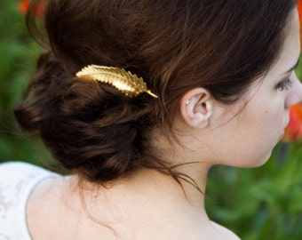 Gold Woodsy Fern Leaf Hair Clip Leaf Bobby Pin Woodsy Hair Pin Gold Leaf Barrette Woodland Fall Hair Clip Nature Inspired Wedding Hair Piece