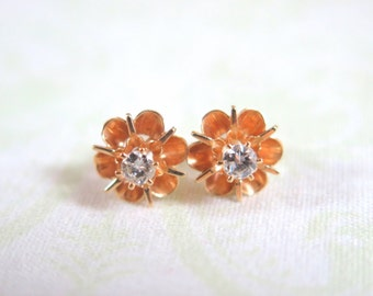 14K Gold Diamond Flower Stud Earrings