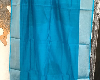 Blue and gold Maheshwari cotton silk dupatta