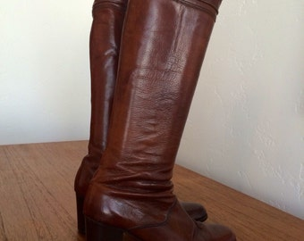 Vintage Hana Macklar Boots
