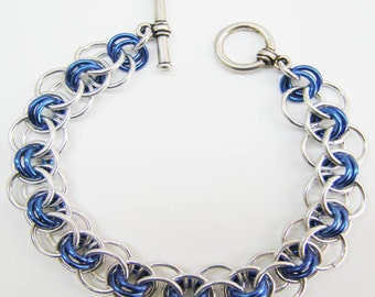 "Chain Maille Bracelet - Helm Chain - in Silver and Blue, 7"" long - Fits a 6 1/2"" wrist"
