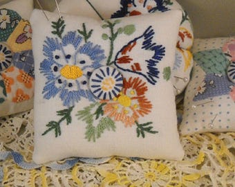 Pincushion Vintage Linens Sewing Quilting Shabby Cottage
