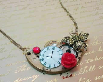 Bee Steampunk Watch Movement Necklace // Betsey Johnson Style Jewelry //  Victorian Industrial Gear Necklace // Steampunk Costume Accessory