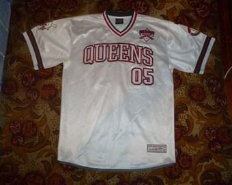 FUBU jersey, QUEENS t-shirt, vintage New York shirt, City Series, 90s hip-hop clothing, 1990s hip hop rap og, nyc, size L Large