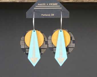 Laser cut earring | ARROW: Black