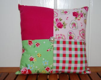 "8"" (20cm x 20cm) Pink Patchwork Cushion"