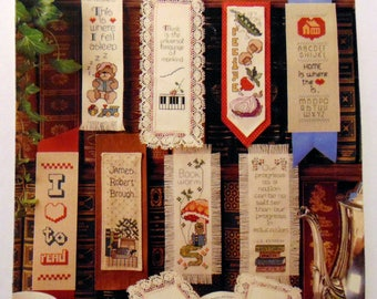 "Counted cross stitch booklet ""Bookmarks Collection"" Leisure Arts 1986"