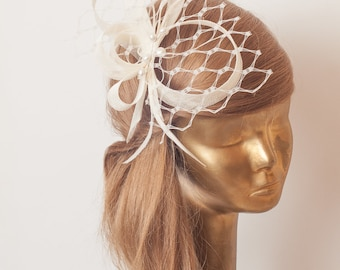 Ivory BIRDCAGE Veil FASCINATOR. Ivory Sinamay Bridal Fascinator with Veil