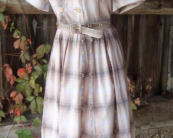 Vintage 1950's 1960's Cotton Plaid Full Skirt Day Dress House Dress * Size Small to Medium