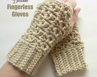 Blossom Fingerless Gloves - Crochet Pattern