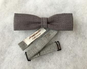 Elegant skinny gray bow tie