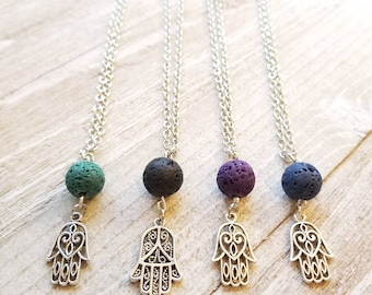 hamsa essential oil diffuser necklace // aromatherapy / essential oil jewelry / diffuser jewelry / hamsa hand / yoga / zen