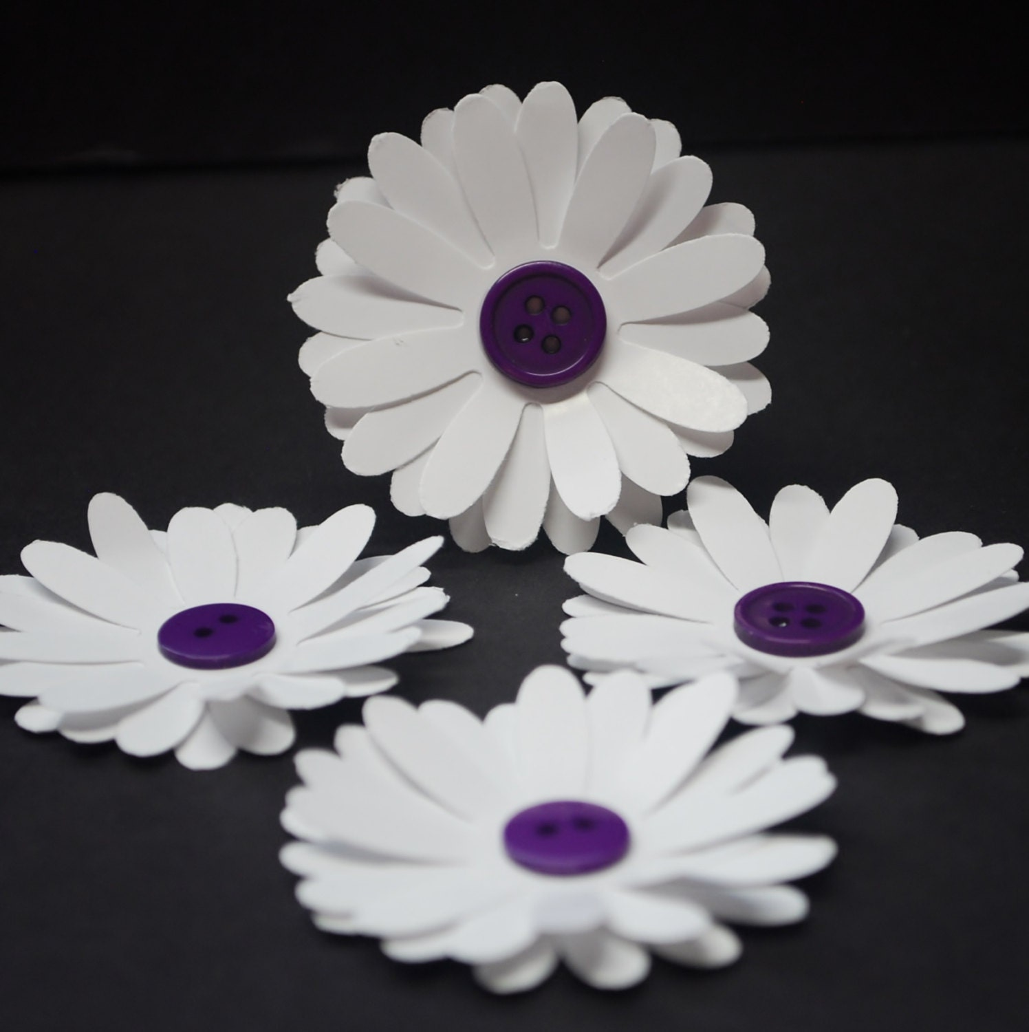 Paper Flowers, daisies with purple button centers, daisy flower ...