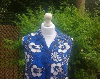 PRICE REDUCED.Retro sleeveless floral shirt.