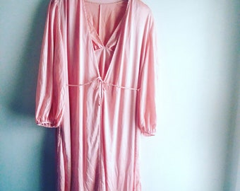 Vintage Petal Pink Lorraine 2 Piece Nightie & Robe Set / Size S / Loungewear / Vintage Lingerie / Pin Up