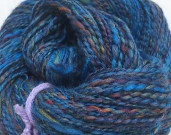 squiggly yarn, thread plied, 2ply,knitting crochet weaving, merino, metallic sparkle thread, 260yds, 110g, DK weight