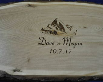 Wedding Signs ~ Guest Book ~ Wedding Guest Book ~ Wood Slab ~ Tree Slice ~ Guest Book Alternative ~ Mountains ~ Weddings ~ Signs For Wedding