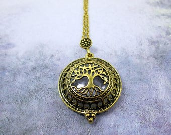 Vintage Style Tree of Life Magnifying Glass Necklace Antique Gold Tree Necklace Tree Locket Grandmother Gift Family Tree Magnifying Necklace
