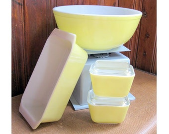 Yellow Pyrex Set: 404 Mixing Bowl, 2 small 501 Refrigerator Dishes with Lids, 913 Loaf Pan, Vintage Kitchen, bakeware, meatloaf, bread pan