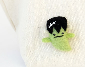 Frankenstein pin, horror movie character Halloween brooch : Needle felted miniature ghost, cute goth accessories, kids brooch