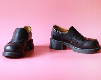 Vintage Rare Dr. Martens Loafer US 7/ UK 5