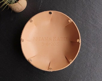 3 Year Anniversary Gift Personalized Leather Valet Tray Ring Dish Trinket Dish Dice Tray Wedding Gift Jewelry Dish Home Decor Custom
