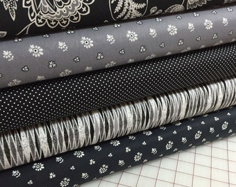 5  Black White Gray Calais Quilt Fabric  Fat Quarters by Timeless Treasures