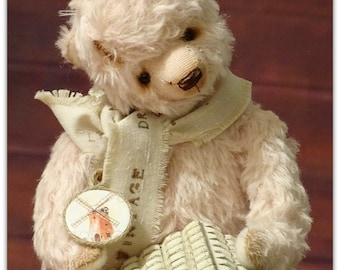 HOLIDAY SALE.Dusty Pink Mohair Teddy Bear. Collectible handmade Artist Teddy Bear. OOAK.