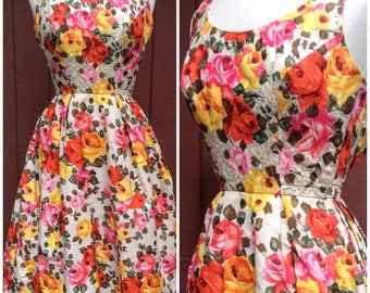 1950s Stunning Rose Print Dress with Sequins Photoprint XS