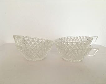 french vintage set 4 cups in molded glass