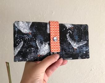 Fliegenden Eulen Wallet - lange Brieftasche Clutch - Kartensteckplätze, Reißverschluss, Bargeld