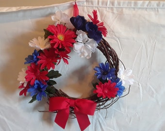 Small 4th of July Wreath, Independence Day Wreath, Memorial Day Wreath, Patriotic Wreath, Red White Blue Wreath, Vine Wreath