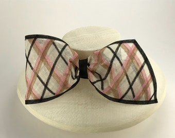 Ivory wide brim hat with plaid bow