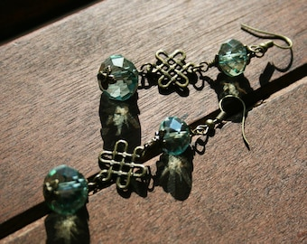 Green Crystal and Celtic Knot Dangle Earrings, Celtic Jewelry, Crystal Beads, Celtic Knots, Boho, Gift Ideas, Mother's Day