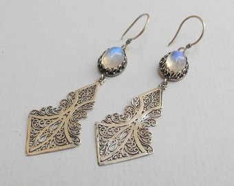 Sterling silver Moonstone gemstones dangle earrings / silver 925 / Handmade Jewelry / 2.50 inch long