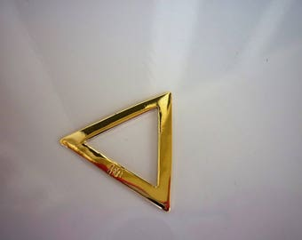 Infill shaped triangle plated gold 18K, 20mm